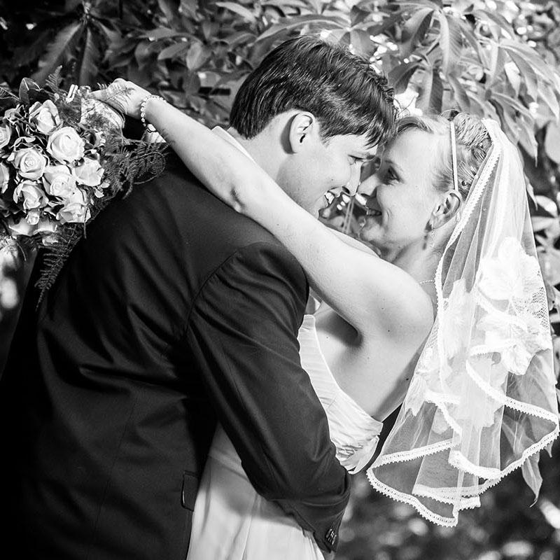 svatební fotografování / svatební fotograf Vojtěch Pavelčík / botanická zahrada v Praze